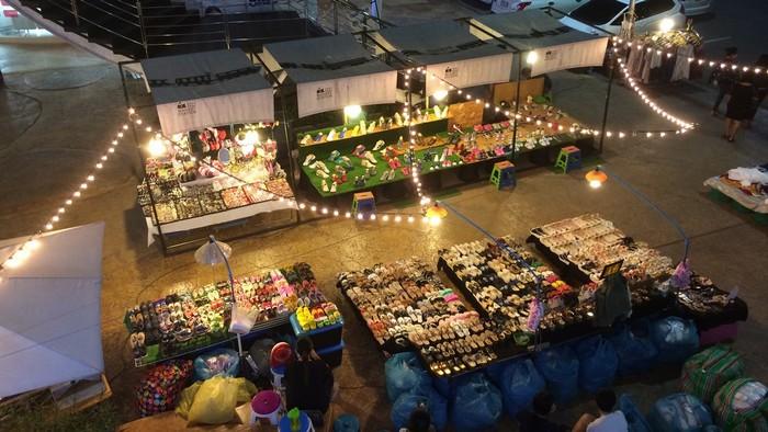 Chợ đêm UD Town là điểm đến sôi động bậc nhất ở thành phố này.