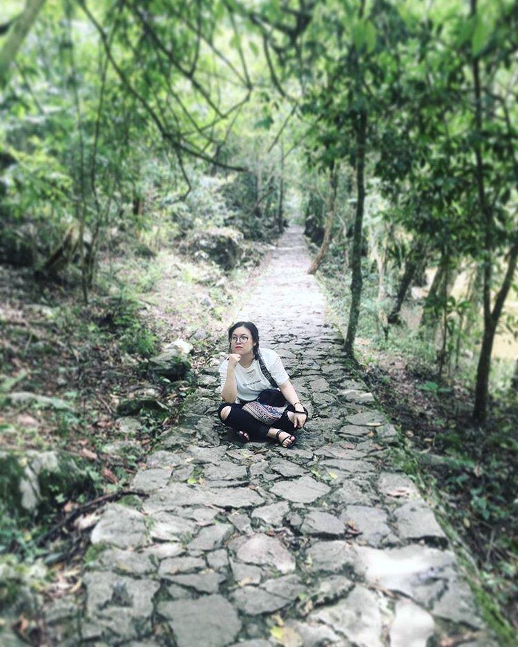 Con đường lát đá thơ tình - Ảnh: @go_moment