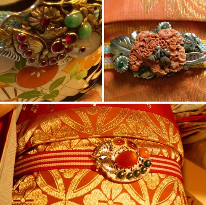 Trâm cài trang trí trên quần áo, đầu tóc của các geisha rất đắt đỏ. Chúng thường được làm từ đá quý, ngọc. Mỗi chiếc Pochhiri (trâm cài) trên thắt lưng obi có giá ít nhất từ 5.000 USD, còn trâm cài của họ lên đến 40.000 USD.