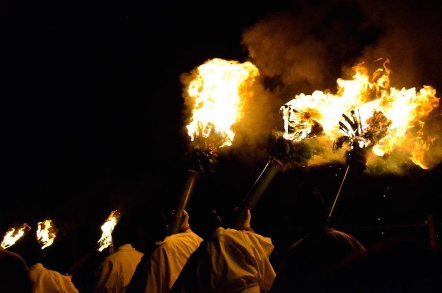 Lễ hội Wakakusa Yamayaki tổ chức vào ngày thứ 7 tuần thứ 4 của tháng 1.