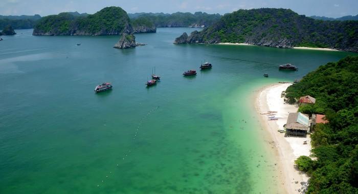 Hạ Long có rất nhiều bãi biển tuyệt đẹp