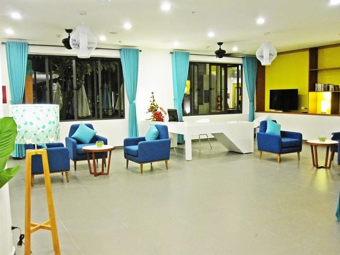 Từng tiểu cảnh bên trong khách sạn đều được bố trí hợp lý giúp du khách dễ dàng có được góc chụp ưng ý.Giá phòng ở đây khởi điểm từ 945.000 đồng.