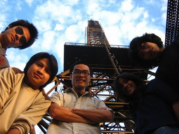 Checnk-in ở tháp truyền hình