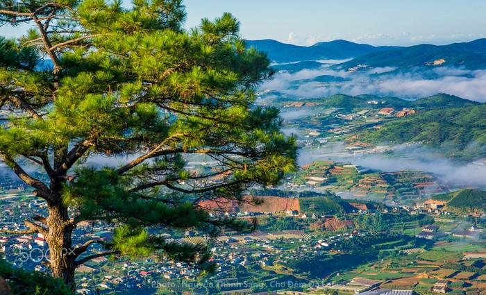 Chiêm ngưỡng khung cảnh nên thơ của phố núi