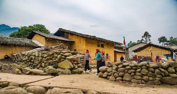 Ngắm nếp nhà trình tường và tìm hiểu văn hóa vùng rẻo cao tại xứ Lạng