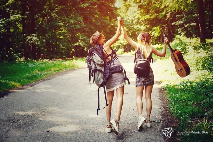 Phụ nữ yêu lãng mạn thích hòa mình vào thiên nhiên