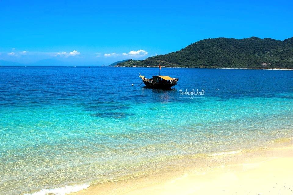 Biển xanh, cát trắng, nắng vàng ở Cù Lao Chàm