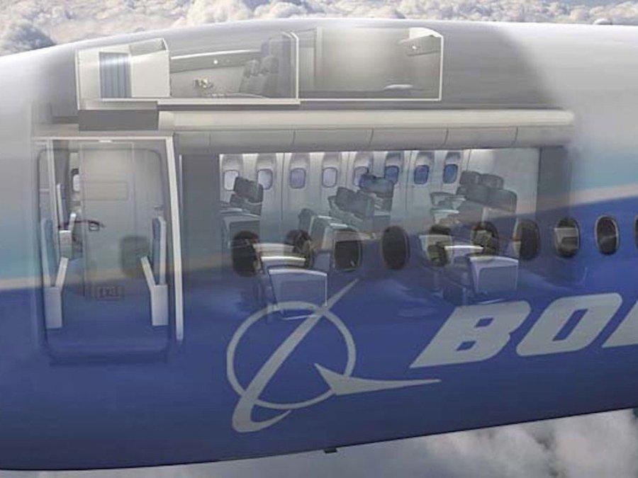 Thông thường, phòng nghỉ bí mật ẩn sau buồng lái và phía trên khoang khách hạng thương gia, giống như chiếc Boeing 777 này.