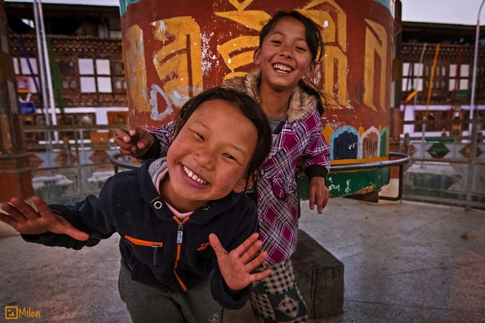 Nụ cười thân thiện dễ dàng bắt gặp bất cứ nơi đâu