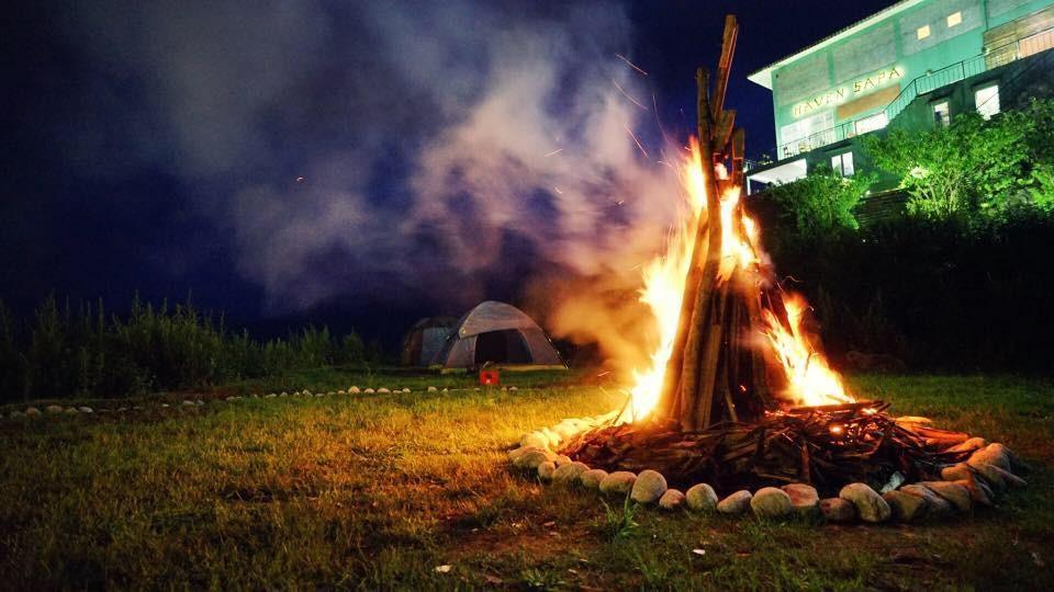 Đốt lửa trại ở Haven Sapa Campsite