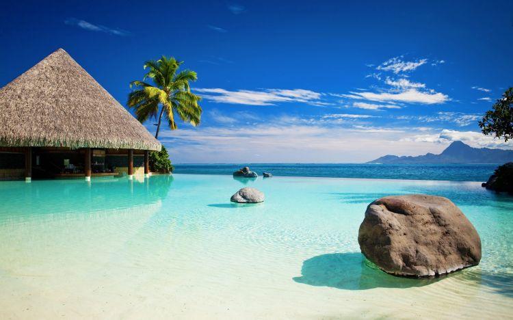 Biển xanh và cát trắng, thử hỏi có ai lại không say mê cơ chứ!