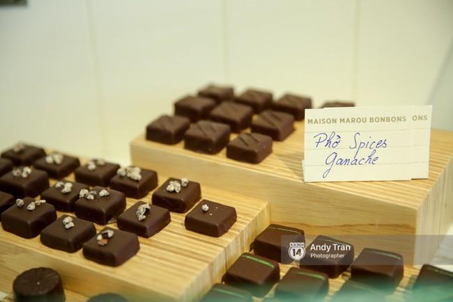 .. và bằng Phở hay chưa? Tất cả những loại Chocolate đặc biệt này bạn không thể mua bất cứ nơi nào trên thế giới, ngoại trừ tại quán cà phê ở Việt Nam này.