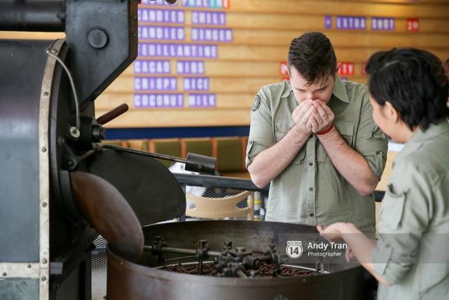 Quán cafe Sài Gòn với món chocolate made-in-Viet Nam vừa được lên New York Times - Ảnh 21.