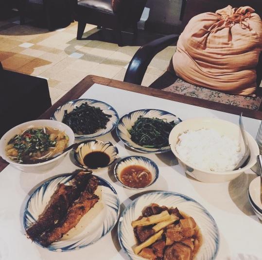 Khi bữa cơm gia đình được trở thành thứ khiến bạn bè quốc tế quan tâm - Ảnh 5.