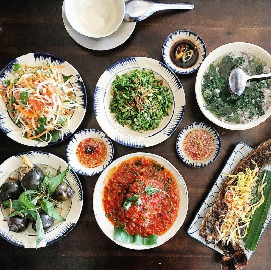 Khi bữa cơm gia đình được trở thành thứ khiến bạn bè quốc tế quan tâm - Ảnh 33.