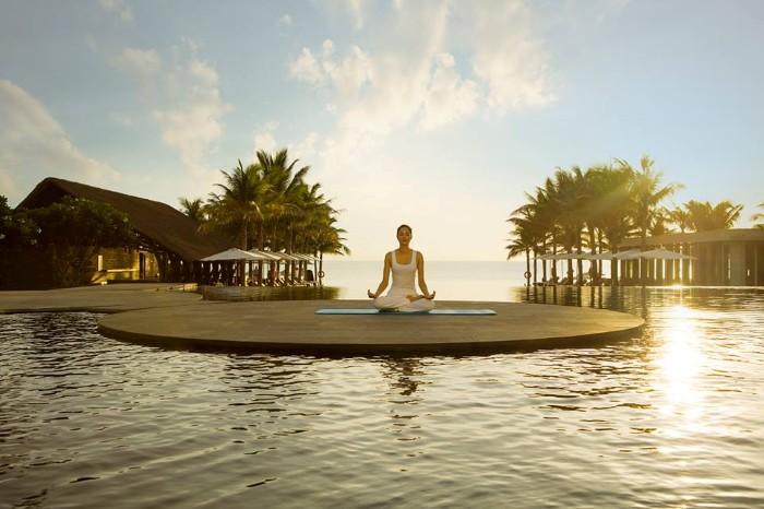 Yoga cho ngày mới. -Ảnh: Naman Retreat