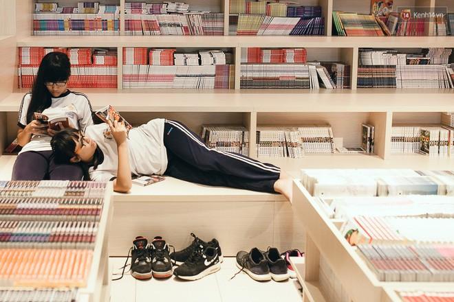 Bạn có thể nằm dài cả ngày ở đây với yêu cầu không gây ồn, không mang giày dép, giữ vệ sinh chung.