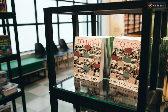 Nhà sách tuyệt đẹp mà bạn có thể nằm dài đọc truyện và chụp ảnh thoải mái tại Sài Gòn - Ảnh 9.