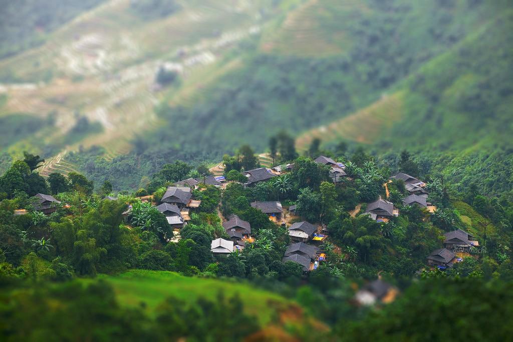 Phượt Du Già - Mậu Duệ ngắm nhìn những ngôi nhà xinh xắn ở vùng rẻo cao
