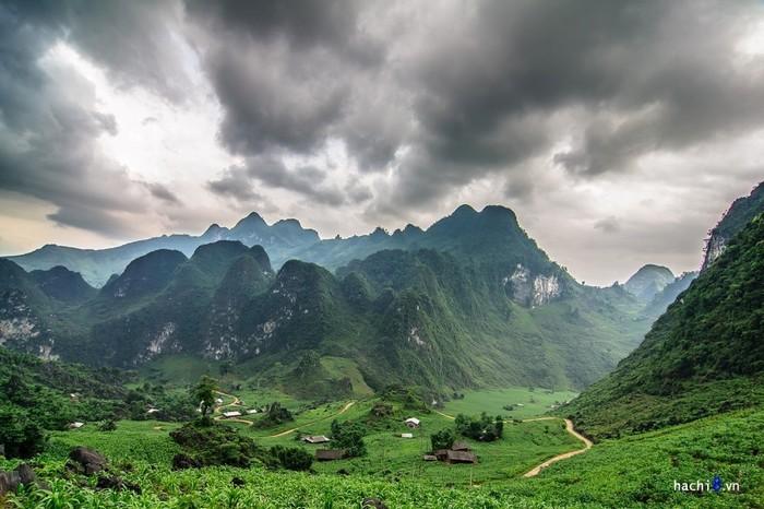 Có một vùng đất phủ lên màu xanh tuyệt đẹp ở rẻo cao Đông Bắc