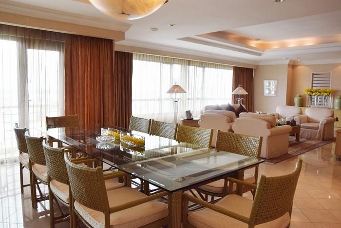 Căn phòng Imperial Suite (phòng Tổng thống) ở lầu 20 của khách sạn là nơi Tổng thống Pháp Francois Hollande nghỉ lại tại TP HCM trong chuyến thăm Việt Nam mới đây.