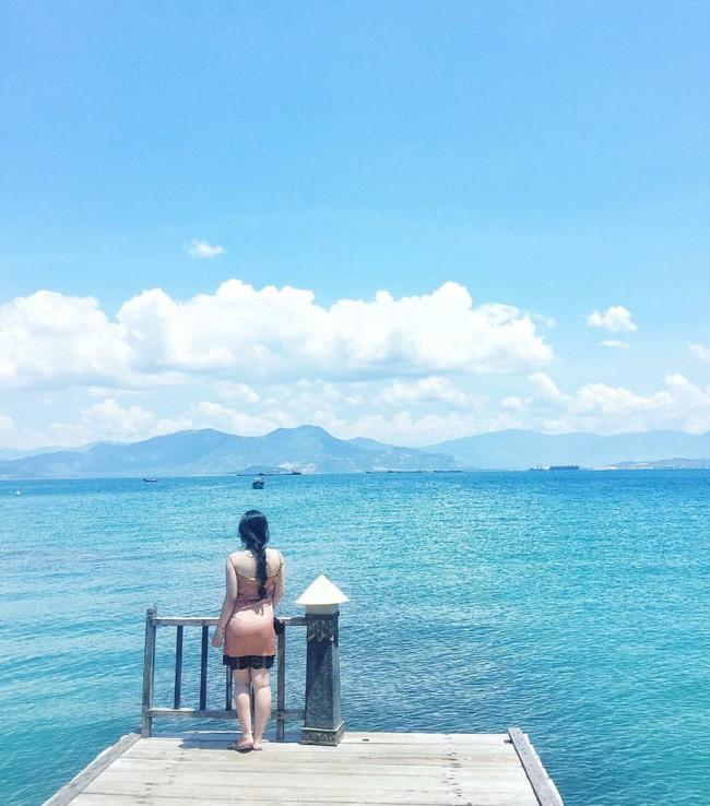 Cần chi đi đâu xa, ở Việt Nam cũng có những vùng biển đẹp không thua gì Maldives! - Ảnh 2.