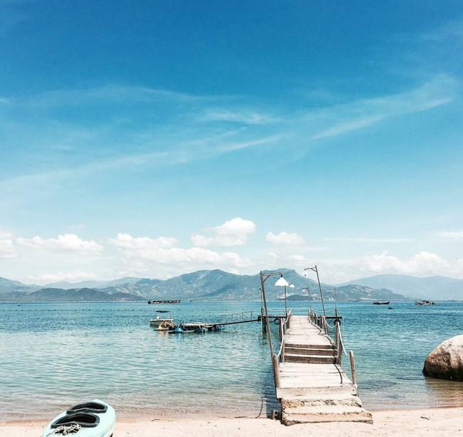 Cần chi đi đâu xa, ở Việt Nam cũng có những vùng biển đẹp không thua gì Maldives! - Ảnh 3.