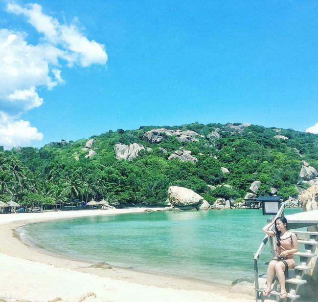 Cần chi đi đâu xa, ở Việt Nam cũng có những vùng biển đẹp không thua gì Maldives! - Ảnh 6.