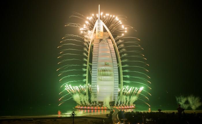 Xem 13 bức ảnh này, bạn sẽ lại phải trầm trồ trước sự giàu có của Dubai - Ảnh 1.