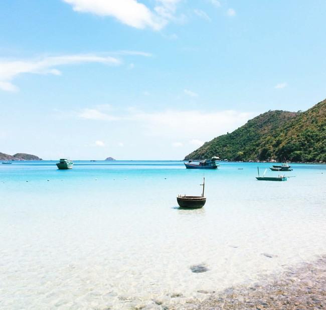 Cần chi đi đâu xa, ở Việt Nam cũng có những vùng biển đẹp không thua gì Maldives! - Ảnh 43.