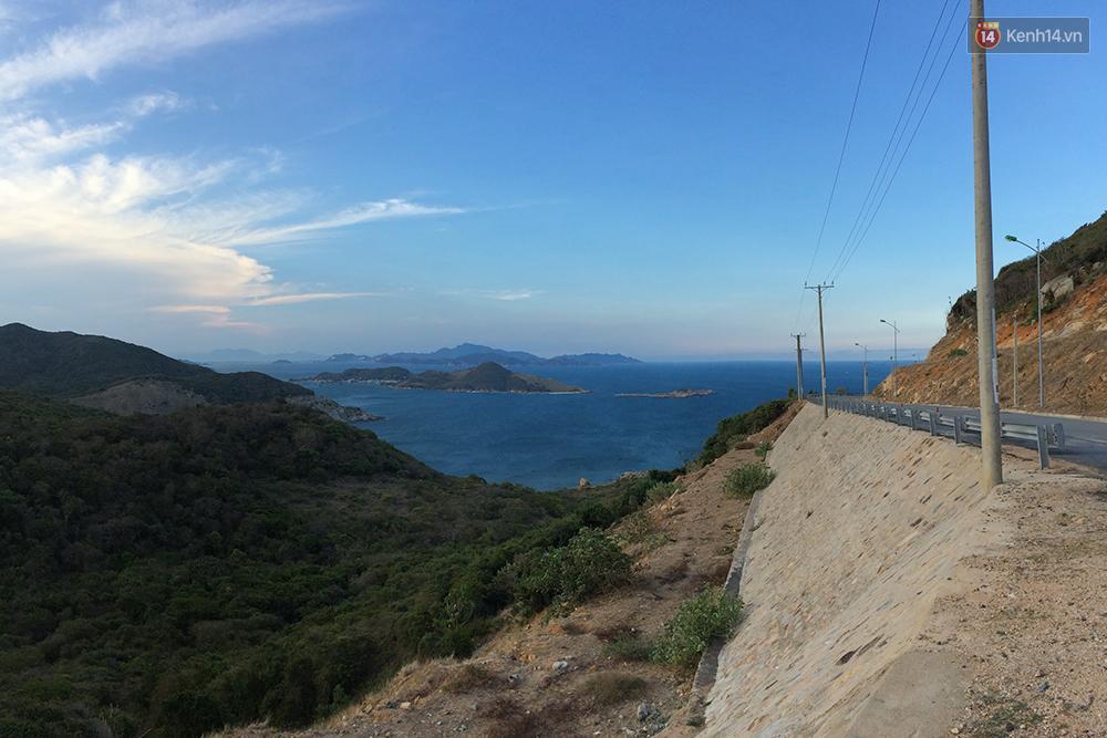 Đường ven biển Vĩnh Hy - Cam Ranh
