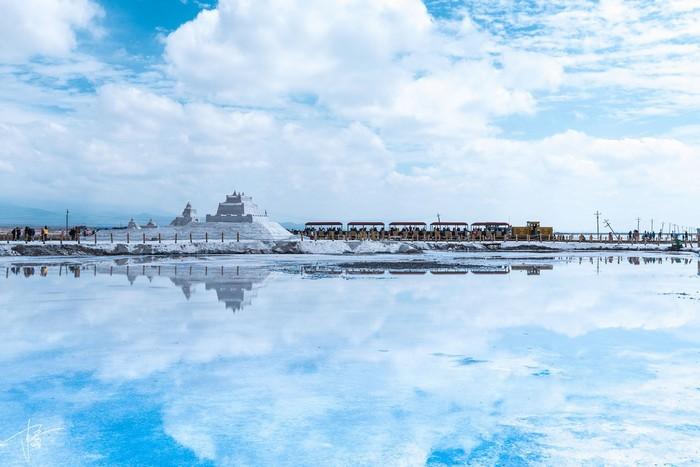 Hồ muối Chaka là quà tặng của tự nhiên