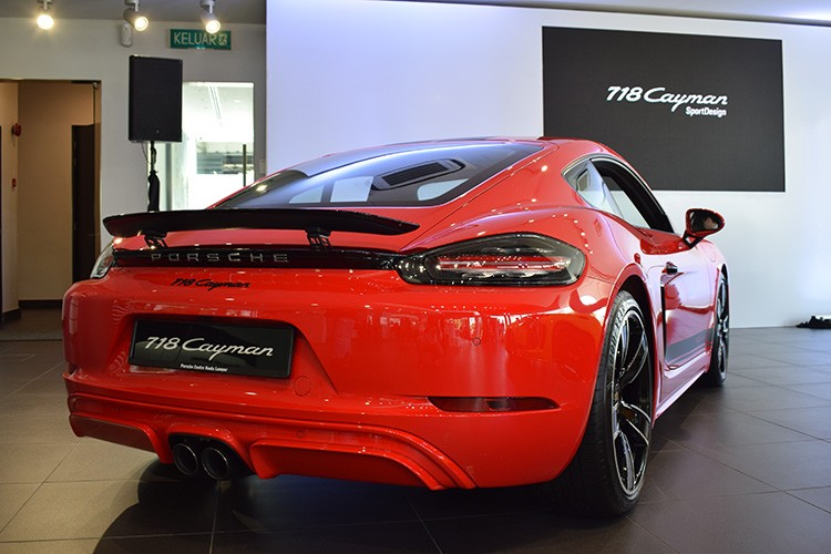 Red Rear 718 Cayman SportDesign Porsche