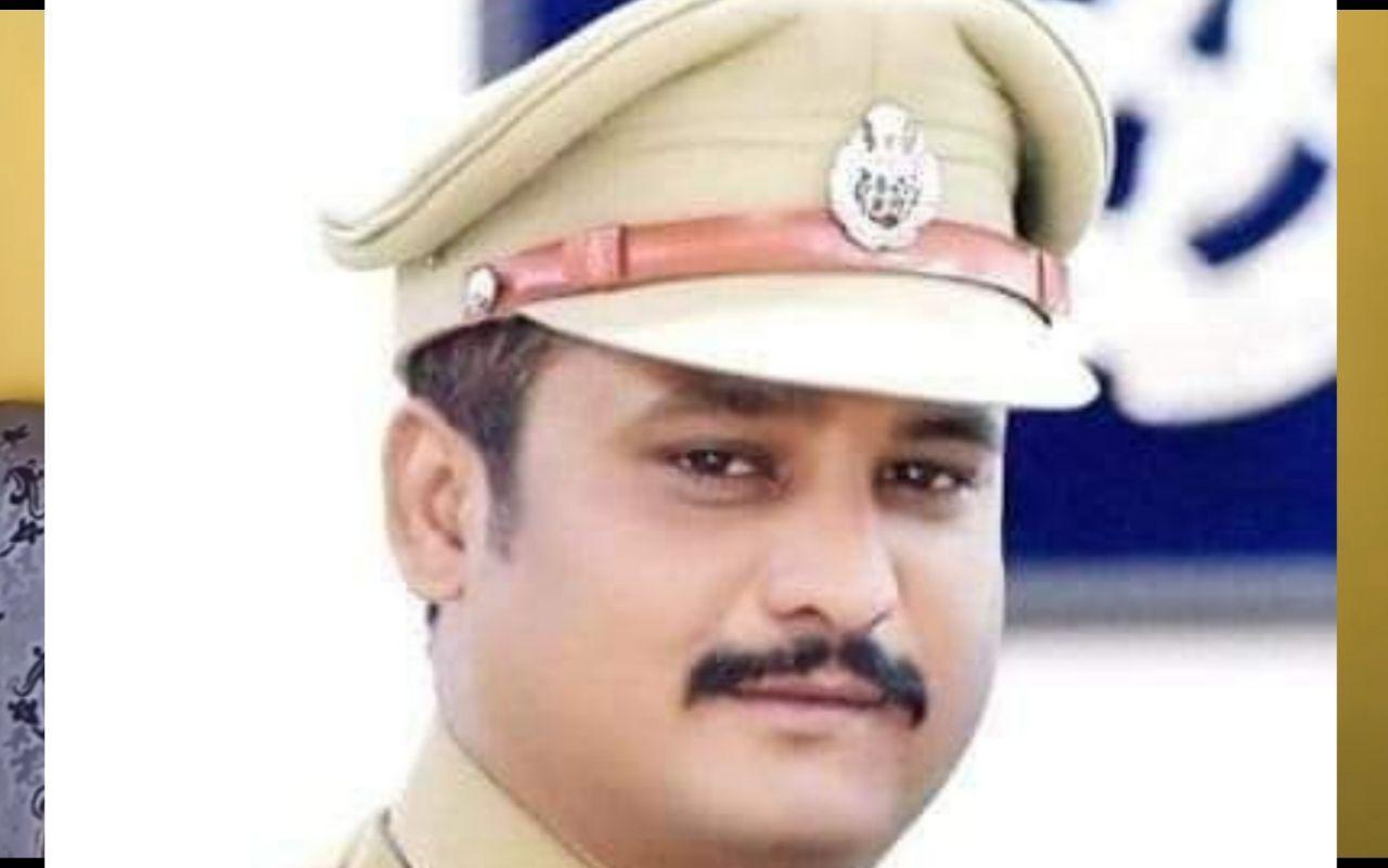 योगी सरकार ने भेजा एनकाउंटर स्पेशलिस्ट, जानिये कौन हैं जौनपुर के नए एसपी अजय साहनी