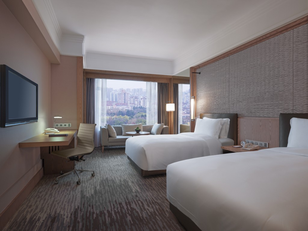 Luxury Hotel Suites In Puxi Changning New World Shanghai