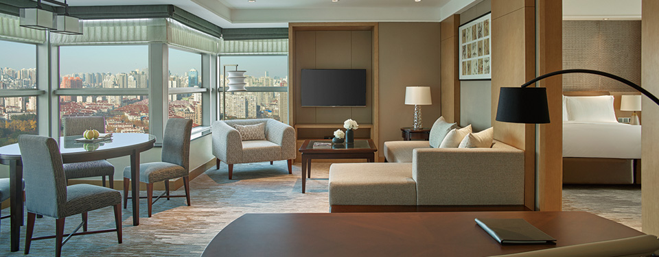 Specialty suite - sitting room