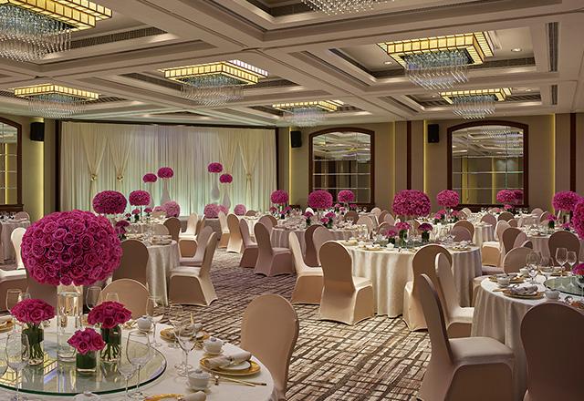 ballroom_wedding_640x440pink