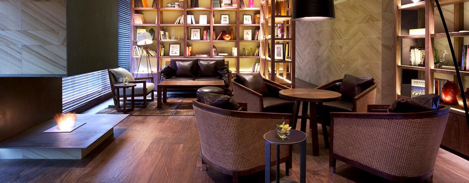hotel club lounge in dalian