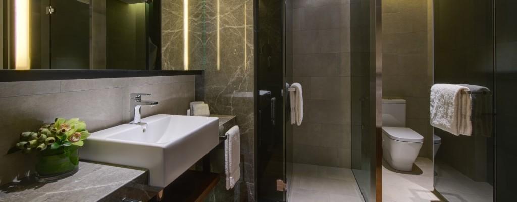 New World Petaling Jaya Hotel Bathroom in Guestroom