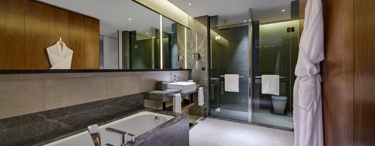 New World Petaling Jaya Hotel Bathroom in Premier Room