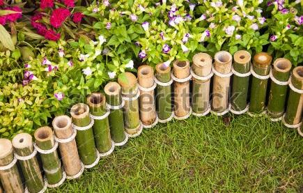 Cara Membuat Pagar Bambu Untuk Kebun Yang Murah Tapi Indah