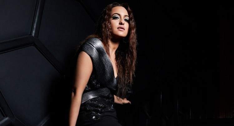 Actress Sonakshi Sinha images