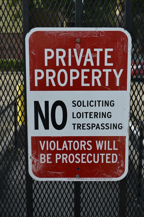 private-property-sign-2734551_1280