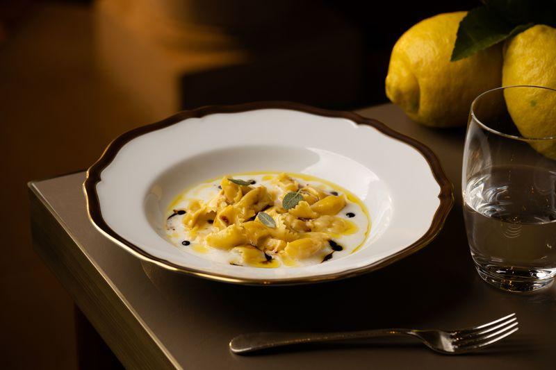 Grissini – Grand Hyatt Hong Kong - OKiBook Hong Kong and Macau Restaurant Buffet booking 餐廳和自助餐預訂香港和澳門 - 發掘意大利傳統滋味 / Forgotten Treasures of Italian cooking