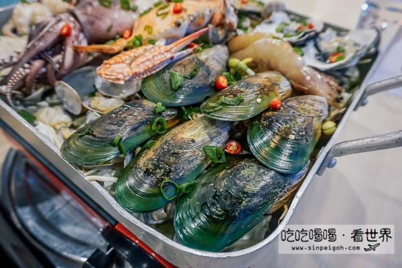 Omaya 巨無霸海鮮盤