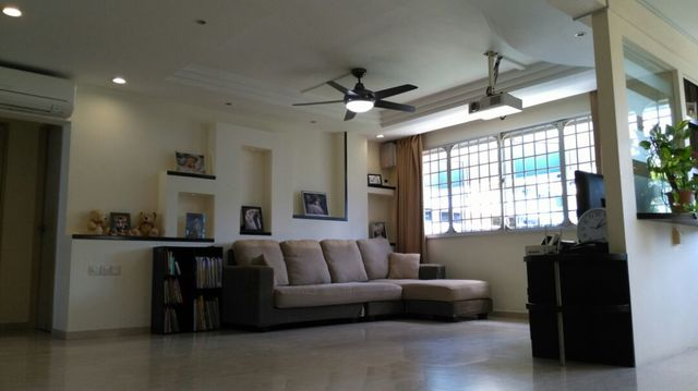 77 living room cafe bishan 2 cosy rare bishan mrt for Living room zion bishan