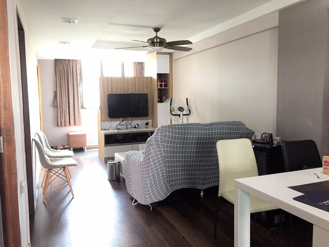 HDB for Sale 21 EUNOS CRESCENT