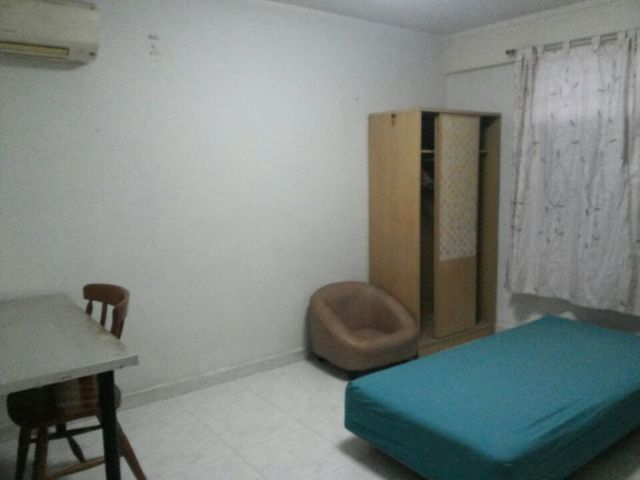 HDB for Sale 213 BOON LAY PLACE