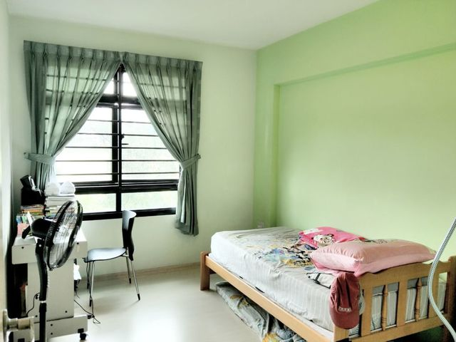 HDB for Sale 490 ADMIRALTY LINK