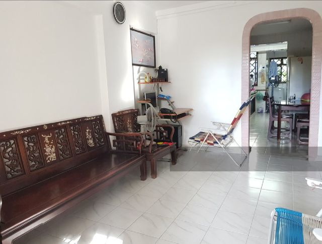 HDB for Sale 111 HO CHING ROAD